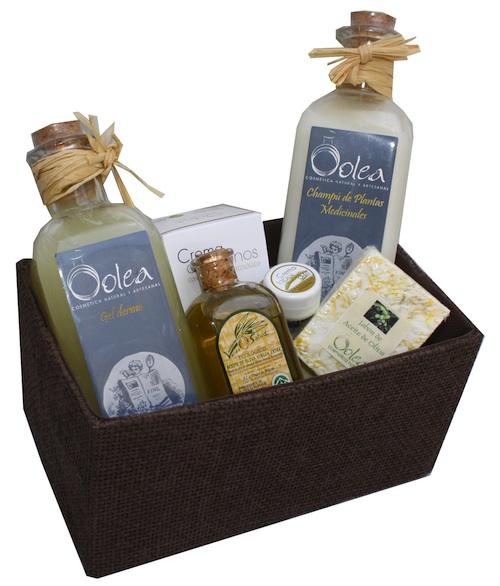 Mimando las manos con aceite de oliva