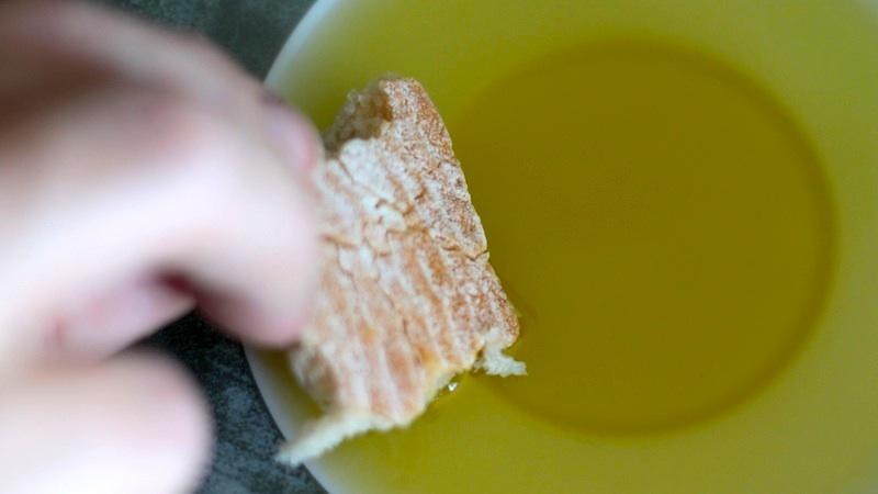 Aceite de oliva amargo y picante, ¿es bueno o malo?