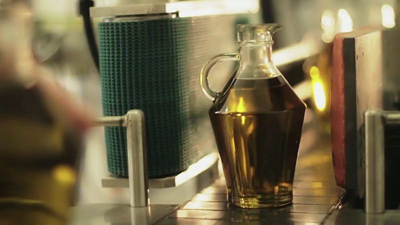 El precio del aceite de oliva, ¿por qué sube o baja?