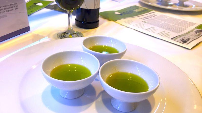 Aceite verde, ¿qué es y cómo se hace?